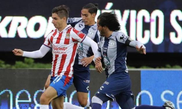 Pachuca empata con Chivas en partido sin goles
