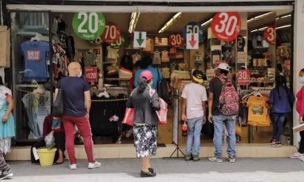 Persisten bajas ventas en comercios