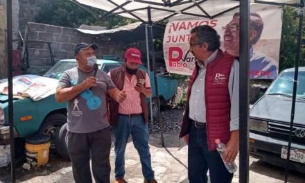Candidato de Morena encabeza reunión en Bosques del Peñar