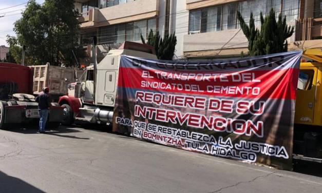 Transportistas piden apoyo para encontrar a compañeros secuestrados