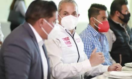 Sergio Baños se compromete a atraer inversiones para generar empleo