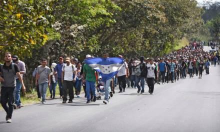 Caravana migrante ya está en Guatemala, pronto llegará a frontera con México