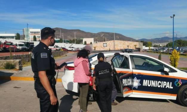 Policía Municipal de Pachuca rescata y asiste a mujer extraviada en Puebla