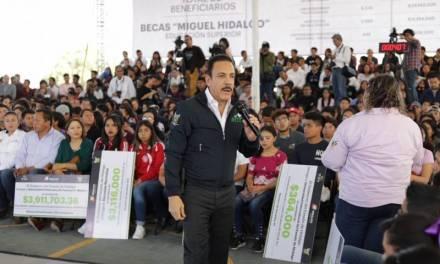 Anuncia Omar Fayad nueva convocatoria de Becas Miguel Hidalgo