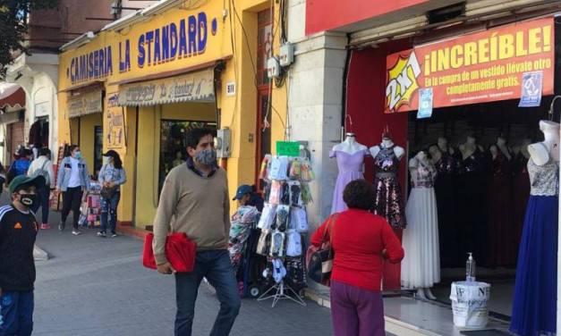 Comerciantes continúan con descuentos del Buen Fin