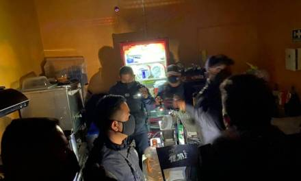 Clausuran bar en Pachuca por operar de manera clandestina