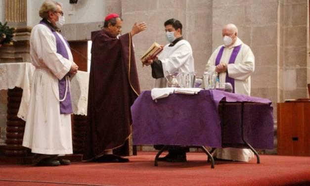 Iglesia Católica ofreció ceniza «para llevar» para celebrar el inicio de la cuaresma