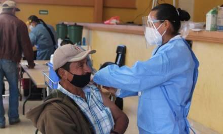 Arranca vacunación en la Otomí Tepehua