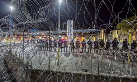 Migrantes centroamericanos bloquean paso fronterizo entre México y Estados Unidos