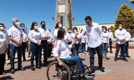 «Estoy comprometido, tengo el conocimiento y  la experiencia» : Héctor  Meneses