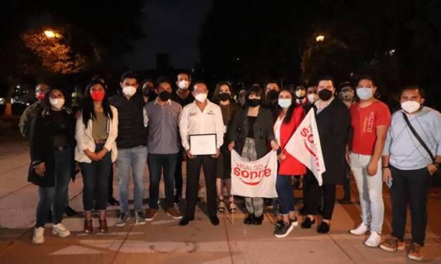 Benjamín Rico ve en los jóvenes el cambio de México