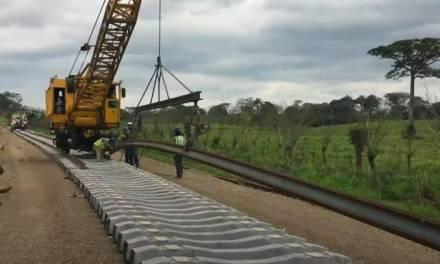 Anuncian creación de 10 parques industriales en Oaxaca