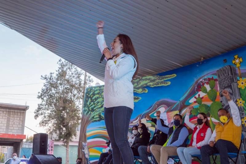 Apostará Karina Mejía por autoempleo