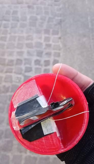 Retiran trampa que retenía tarjetas en cajero automático