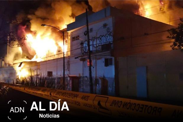 Se registra incendio en local comercial