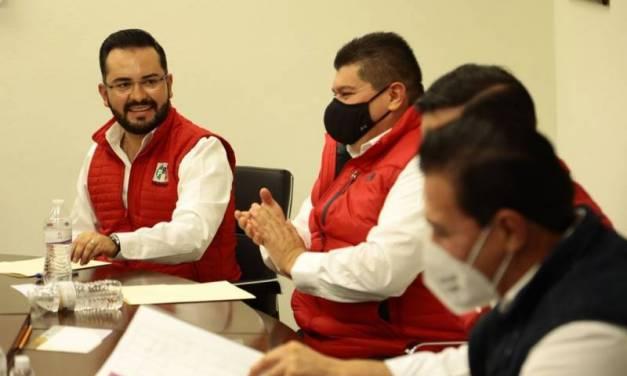 Alejandro Enciso recibe constancia de acreditación como diputado local