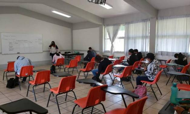 A las aulas en 5 municipios más de Hidalgo