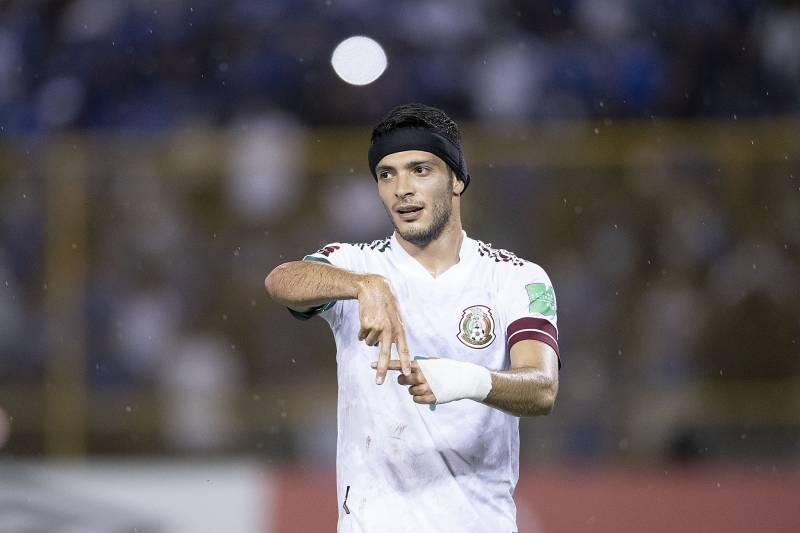 Raúl Jiménez vuelve a anotar con selección