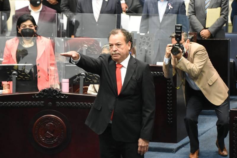 Aprueban nombramiento de Ricardo Silva como titular de la Contraloría Interna del Congreso local